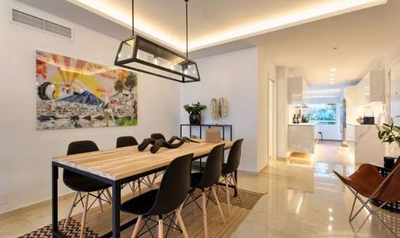 Апартаменты в Эстепоне, Марбелья, 264 м2, сад, бассейн, парковка     4