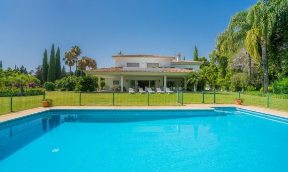 Villa in San Pedro de Alcantara, Marbella, 1138 m2, garden, pool, parking   | 3eb2fa29-48f8-4898-9b7b-bbe7c49ac6c3-570x340-jpg