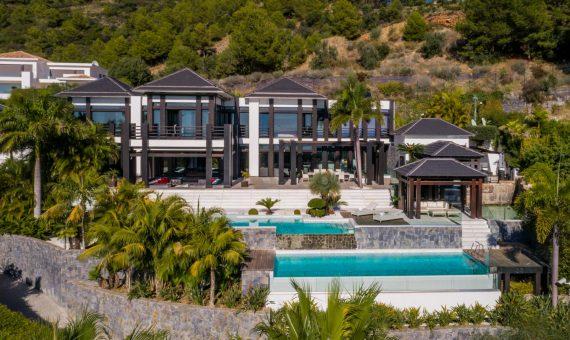 Villa in Marbella Golden Mile, 1237 m2, garden, pool, parking   | 488ad4db-4c0e-4412-bb5e-2a67d46fe81c-570x340-jpg