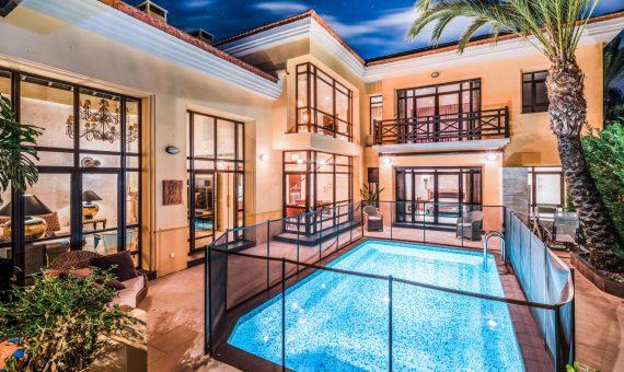 Chalet en Marbella 339 m2, jardin, piscina, aparcamento   | 4b41fef4-3800-4e89-b0ec-8580fc7c5622-570x340-jpg