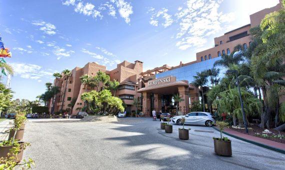 Апартаменты в Эстепоне, Марбелья, 155 м2, сад, бассейн, парковка   | 2