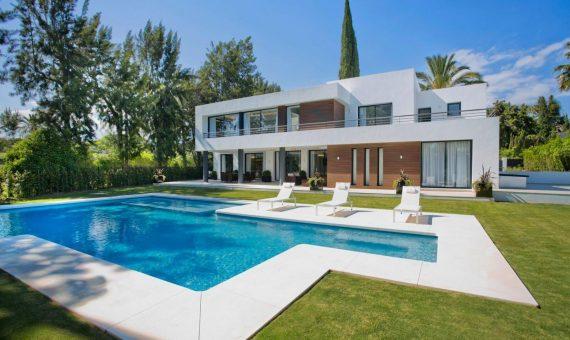 Villa en Marbella 880 m2, jardin, piscina   | 5f29a148-215b-4ae1-83aa-8a8d002549b6-570x340-jpeg