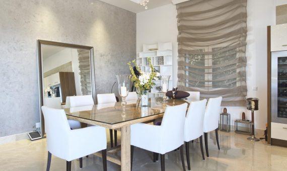 Villa in Marbella 400 m2, garden, pool, parking   | ca95685e-6035-434d-a55d-05dba0bc2fa7-570x340-jpg