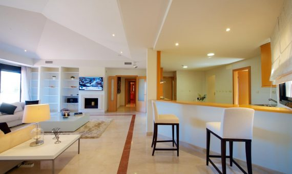 Apartment in Marbella 695 m2, garden, pool, parking   | 4