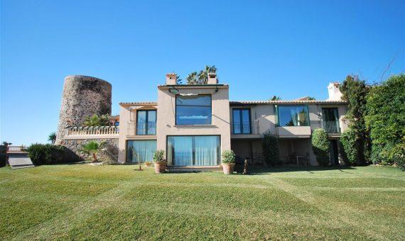 Villa en Mijas Costa, Marbella, 370 m2   | 4