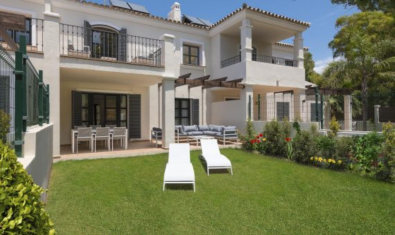 Townhouse in San Pedro de Alcantara, Marbella, 174 m2, garden, pool   | 6d632f47-ffe1-4f81-8965-996f7695a282-570x340-jpg