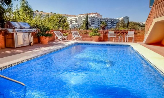 Villa in Mijas Costa, Marbella, 530 m2, garden, pool, parking   | 1