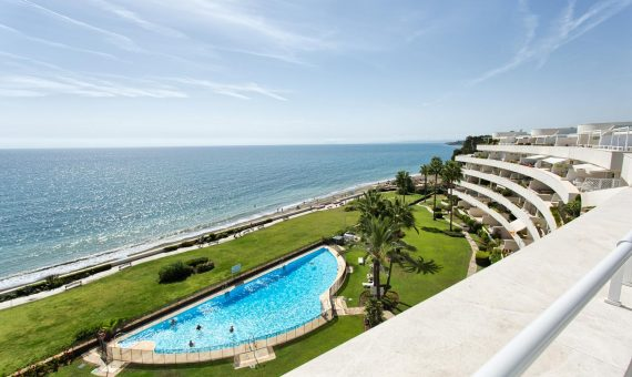 Apartment in Estepona, Marbella, 264 m2, garden, pool, parking   | 1