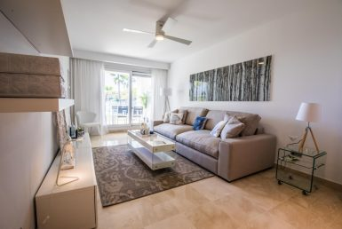 Apartment in Marbella East, 134 m2, garden, pool, parking