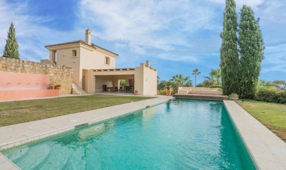 Villa in Marbella 765 m2, garden, pool, parking   | 1
