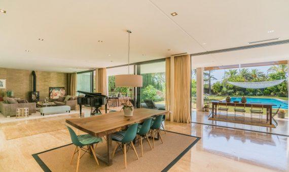Villa en Nueva Andalucía, Marbella, 650 m2, jardin, piscina, aparcamento   | 3
