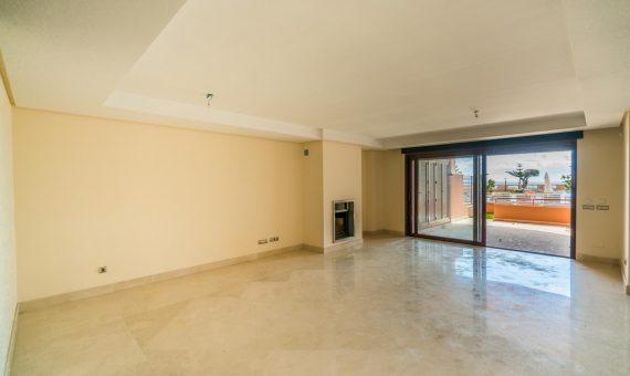 Апартаменты в  Пуэрто-Банусе, Марбелья, 243 м2, сад, бассейн, парковка   | 2
