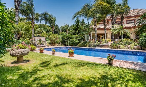 Villa in San Pedro de Alcantara, Marbella, 1262 m2, garden, pool, parking   | 7d2ba3c7-18ce-4eec-9ebd-2da5e367b8b6-570x340-jpeg