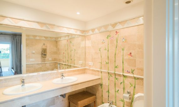 Apartment in Marbella 141 m2, garden, pool, parking     d9d79219-2238-4bee-8087-865646c7b2c5-570x340-jpg