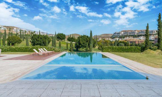 Villa in Benahavis, Marbella, 720 m2, garden, pool, parking   | 2