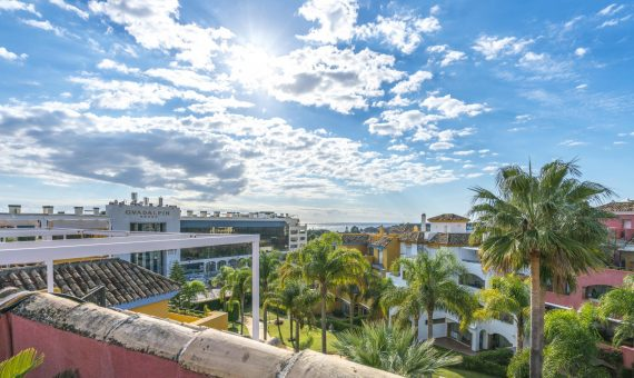 Apartment in Marbella 162 m2, garden, pool, parking   | 1