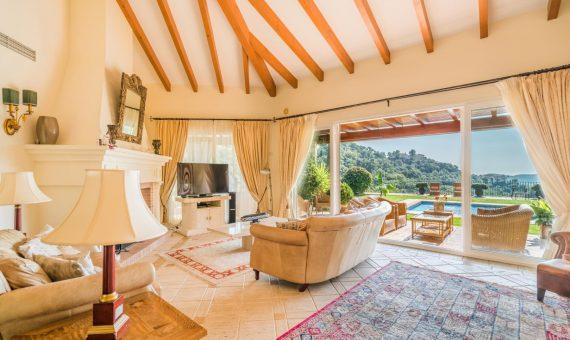 Villa in Benahavis, Marbella, 601 m2, garden, pool, parking   | 4