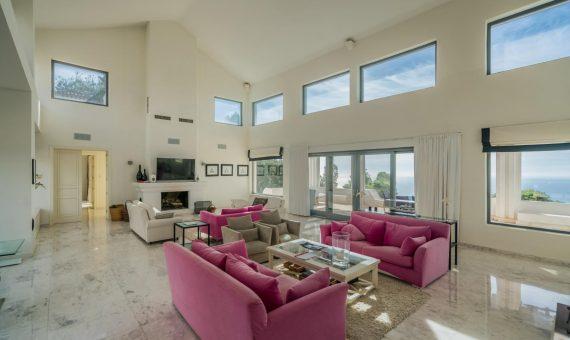 Villa en Marbella Este, 997 m2, jardin, piscina, aparcamento   | 3