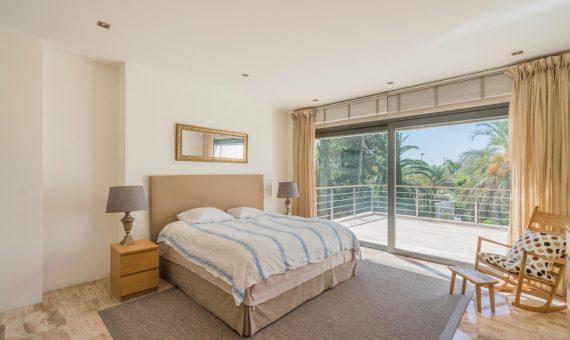 Villa en Nueva Andalucía, Marbella, 650 m2, jardin, piscina, aparcamento   | 4