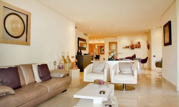 Apartment in Marbella 209 m2, garden, pool, parking   | 1