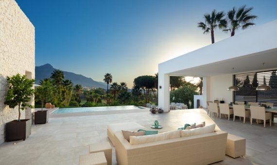 Villa en Marbella 438 m2, jardin, piscina, aparcamento   | b33efa6a-635b-44bd-a3dc-3130d38d0f1d-570x340-jpg