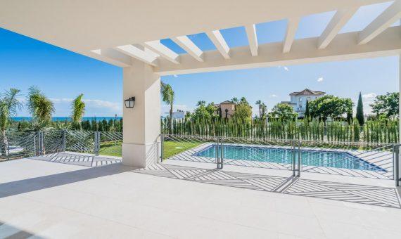 Villa in Benahavis, Marbella, 526 m2, garden, pool, parking   | 1