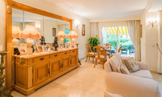 Casa en Marbella 169 m2, jardin, piscina, aparcamento   | 4