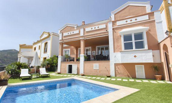Townhouse in Benahavis, Marbella, 215 m2, garden, pool, parking   | cba1d42c-d11a-4771-b541-7dcb6090585b-570x340-jpg