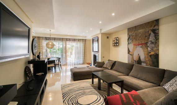 Апартаменты в  Пуэрто-Банусе, Марбелья, 220 м2, сад, бассейн, парковка   | 3