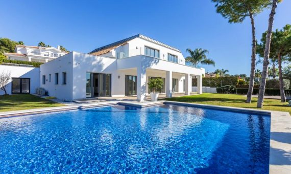 Villa in Marbella Golden Mile, 398 m2 -
