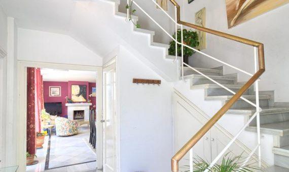 Villa in Nueva Andalucia, Marbella, 380 m2, garden, pool, parking   | 4