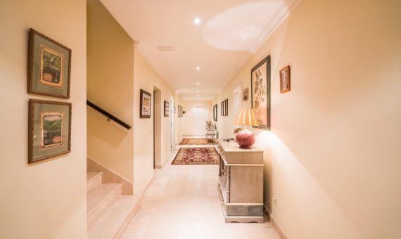Villa in San Pedro de Alcantara, Marbella, 1262 m2, garden, pool, parking   | 4