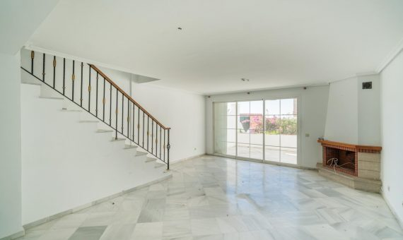 House in town in Marbella 317 m2   | 1