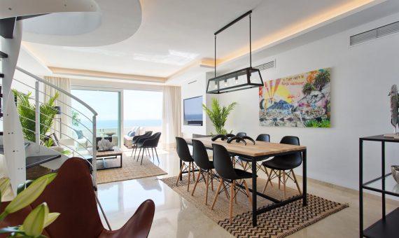 Apartment in Estepona, Marbella, 264 m2, garden, pool, parking     4