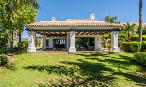 Villa in Marbella Golden Mile, 522 m2, garden, pool, parking   | ed4077f3-f06c-48ab-a47c-c8e56ba2d208-570x340-jpeg