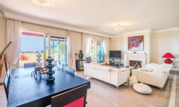 Apartment in Marbella Golden Mile, 260 m2, garden, pool, parking   | 1