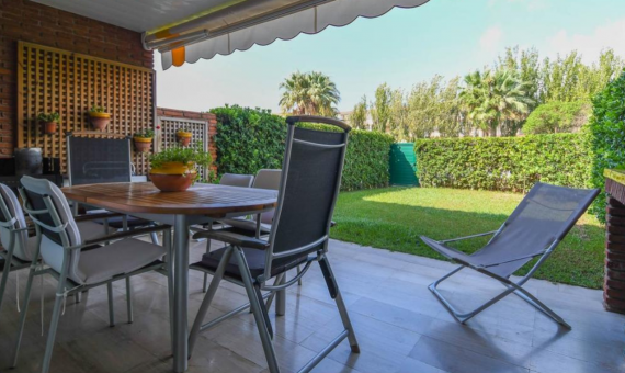 Townhouse 276 m2 on the first sea line in Gava Mar | 4
