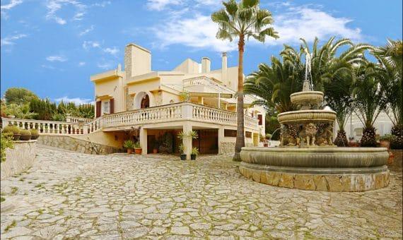Вилла в Санта-Понса, Майорка, 450 м2, бассейн   | foto_130199-570x340-jpg