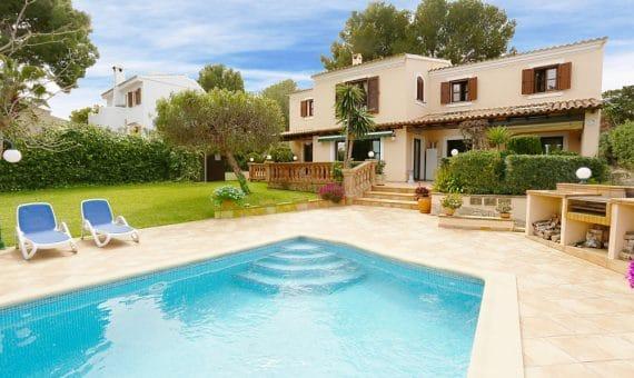 Вилла в Санта-Понса, Майорка, 349 м2, бассейн   | foto_131371-570x340-jpg
