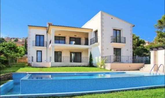 Villa in Santa Ponsa, Mallorca, 434 m2, pool   | foto_144297-570x340-jpg