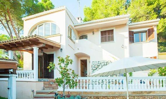 Villa en Costa de la Calma, Mallorca, 257 m2, piscina -