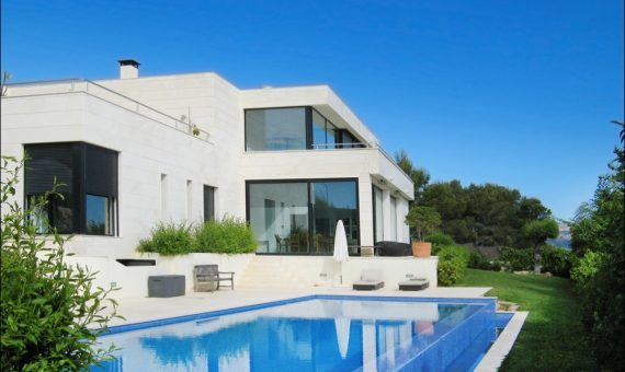 Вилла в Санта-Понса, Майорка, 350 м2, бассейн -