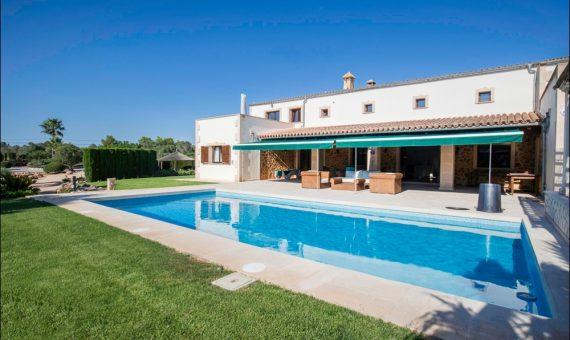 Villa in L'Aranjassa, Mallorca, 425 m2, pool -