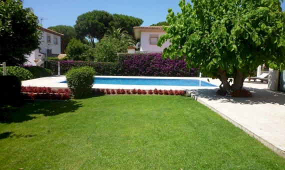 Beautiful villa for summer rent with private pool en La Gavina, S'Agaro | 1