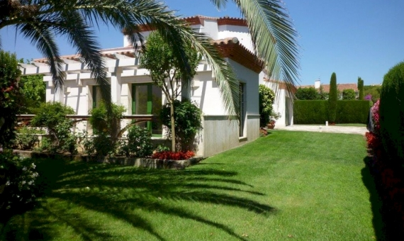 Beautiful villa for summer rent with private pool en La Gavina, S'Agaro | 4