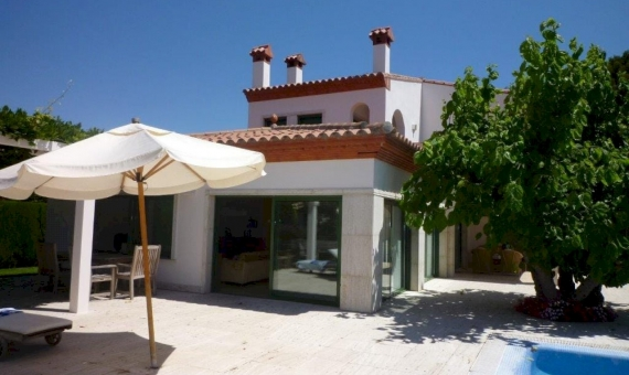 Beautiful villa for summer rent with private pool en La Gavina, S'Agaro | 2
