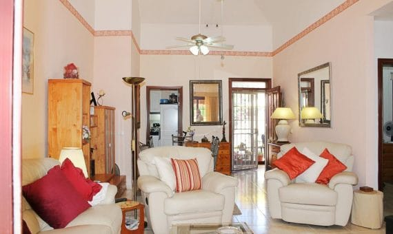 Villa in Arona,  Parque de la Reina, 297 m2, fully furniture, garden, terrace   | 3