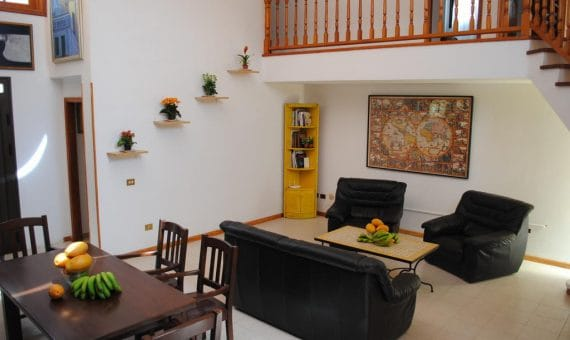 Villa in Granadilla,  El Medano, 200 m2, fully furniture, garden, garage, parking   | 2