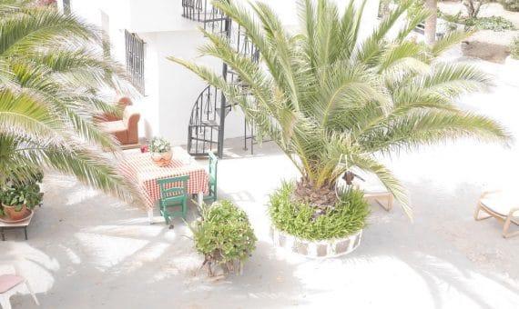 Casa en Granadilla, 195 m2, jardin, terraza, garaje, aparcamento, aparcamento   | 3