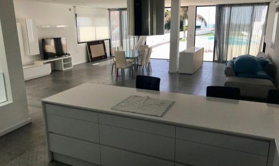 Villa in Adeje,  El Madroñal, 750 m2, garden, terrace, garage, parking   | 103724-570x340-jpg